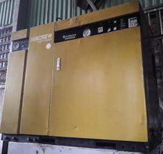 Máy nén khí trục vít cũ Hitachi công suất 11 kW có hệ thống tách ẩm, máy nén khí trục vít ngâm dầu làm mát bằng gió