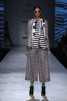 Pankaj and Nidhi - Amazon India Fashion Week - Autumn Winter 17 - 2 d7c644b2eab