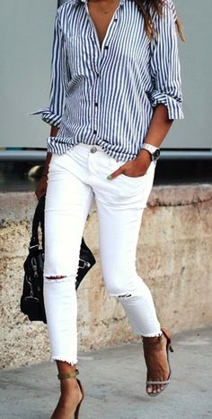 c3e958aaa24f white jeans and striped top Tenue Pantalons, Tenue Vestimentaire,  Chemisiers, Mode Jeans,