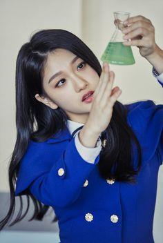 "Update: ""Idol School"" Girl Group Teams Up For Unit Photos Ahead Of Debut Kpop Girl Groups, Korean Girl Groups, Kpop Girls, Mini Albums, Lee Seo Yeon, Teen Celebrities, Cosplay, Woman Drawing, Soyeon"