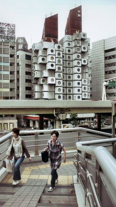 NAKAGIN CAPSULE TOWER | SHIMBASH | TOKYO | JAPAN: *Built: 1970-1972; Designed By: Kisho Kurokawa* Photo: Carlo Fumarola, via Flickr
