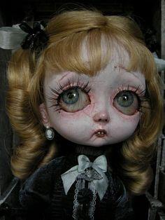 Julien Martinez, sculptor, is a French dolls designer of international renown contemporary.