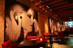 Rosso is een dynamisch toprestaurant op een heerlijke plek in het gezellige Scheepvaartkwartier van Rotterdam