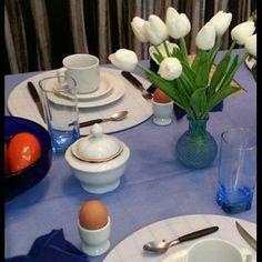 Idealizamos e produzimos capa para sousplat,  guardanapo, porta guardanapo, trilhos de mesa, toalhas de mesa, arranjo floral,  capa para almofada, jogo americano, cestinhas, cortinas,  capa para puff
