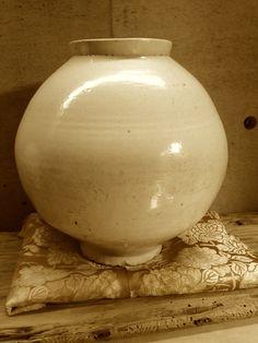 Joseon white porcelain