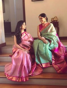 Gadwal saree in pink and green combo Phulkari Saree, Silk Saree Kanchipuram, Gadwal Sarees Silk, Brocade Saree, Kurti, Green Saree, Pink Saree Silk, Indian Silk Sarees, Silk Saree Blouse Designs