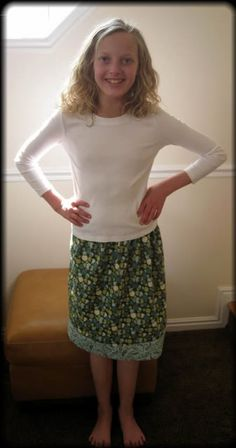JHAM's 30 minute skirt tutorial. I love this easy and quick skirt!! SO cute!! Love the model too!!! Although I'm fairly certain she isn't such a wee lass any longer! *sniffle*