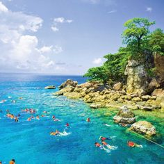 Koh Tao Snorkeling tours...the best snorkeling in the Gulf of Thailand  Visit Amazing Thailand Holidays for the LOWEST prices on day trips to Koh Tao from Koh Samui:  http://www.amazingthailandholidays.com/koh-samui/tours-trips/koh-tao-snorkeling-lomprayah