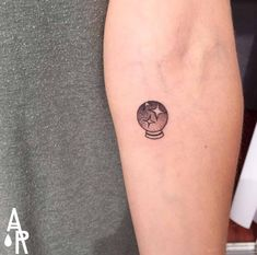 Witchy Tattoos To Wear Your Magia On Your Skin - Fierce Finger Tattoos, Body Art Tattoos, New Tattoos, Sleeve Tattoos, Tatoos, Unique Tattoos, Beautiful Tattoos, Small Tattoos, Feminine Tattoos