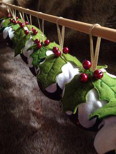 Created by LeliKay All Craft, Dressmaking, Christmas Ornaments, Create, Holiday Decor, Fabric, Home Decor, Sew Dress, Tejido