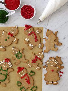Easy Gingerbread-Treat Recipes: Gingerbread Family (via Parents.com)