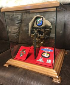 Skull-Mate - One of a kind skull plaque for Ranger Battalion Military Retirement, Military Gifts, Retirement Gifts, Vitrine Design, Military Shadow Box, Airborne Ranger, Military Special Forces, Military Honors, Us Army Rangers