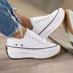 Colorful Sneakers, Cute Sneakers, Retro Sneakers, Slip On Sneakers, Casual Sneakers, Sneakers Fashion, Fashion Shoes, Platform Sneakers, Casual Shoes
