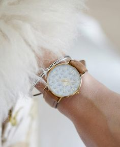 Leather watch - 'Ginkgo'.