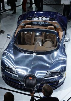 Bugatti Veyron Grand Sport Ettore Bugatti Different Paint :) New Car Wallpaper, Hummer Truck, Chrome Cars, Bugatti Veyron, Amazing Cars, Hot Cars, Motor Car, Cars Motorcycles, Luxury Cars