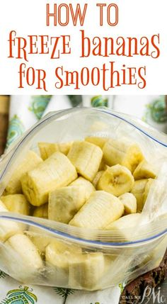 How to Freeze Bananas for Smoothies . Armed with a freezer full of frozen bananas youll always be ready for smoothies nice cream or banana bread. Source by pmctunejones Frozen Banana Smoothie, Frozen Banana Recipes, Raspberry Smoothie, Fruit Smoothie Recipes, Apple Smoothies, Healthy Smoothies, Healthy Drinks, Eat Healthy, Yummy Drinks