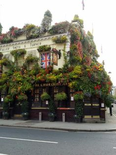 Churchill Arms, Chelsea London