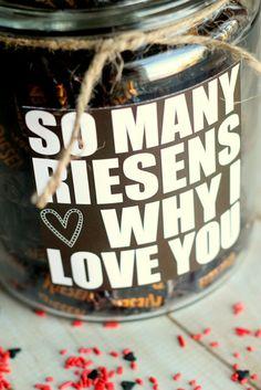 Süße Idee für etwas romantisch! So viele Grunde, wieso ich dich liebe! Einer der Grunde ist, dass du sehr bezaubernd bist.
