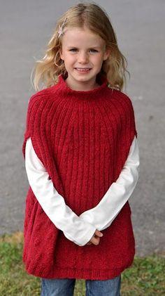 Pigeponchoen her er lavet efter samme princip som prinsesse Isabellas, nemlig med slidser til armene og med høj krave