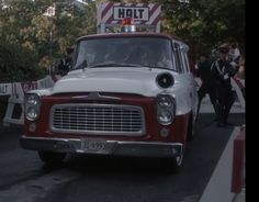 """1960 era B series travelall being used as an ambulance in Amazon's new series """"Man In the High Castle"""" Episode #5"""