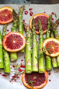 Roasted Asparagus with Blood Orange, such a pretty and colorful side dish! Perfect for Easter! #EasterRecipes