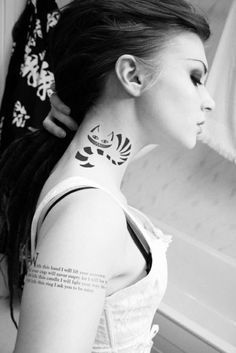 Alice in Wonderland.  Tattoo.  Ink. I also love that she has a corpse bride tattoo on her arm.