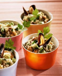 Rijstsalade met mosselen en avocado