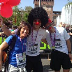 I runner clown di Dottor Sorriso Onlus #milanomarathon #staffettami