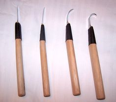 Bent Knives and Their Uses by Michael Komick - Traditional Woodworking Tools Internet Magazine - wkFineTools.com