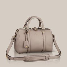 SC Bag BB  Whether carried by hand or over the shoulder, the timeless SC Bag, designed by Sofia Copola in collaboration with Louis Vuitton comes in a new small size for an everlasting trendy and feminine look. The silky soft Veau Cachemire adds even more sophistication.