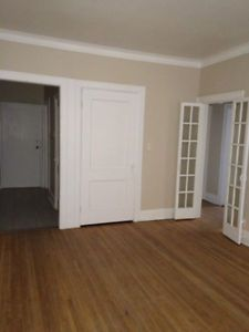Pine Aire Apts 2bdrm 916$ Waterfront Highrise Windsor Region Ontario ...