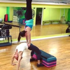 These girls are amazing @k_davis1 VIDEO CLICK THIS PHOTO.. :)