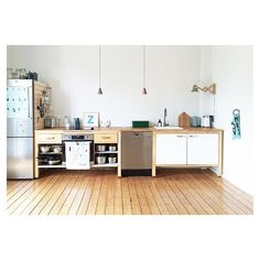 Good morning from the kitchen - today, the entire modular kitchenette ✌️ . - Good morning from the kitchen – today, the entire modular kitchenette ✌️ # Modular kitchen - Diy Kitchen Shelves, Kitchen Storage, Kitchen Decor, Kitchen Craft, Kitchen Pegboard, Kitchen Modular, Kitchen Ideas, Ikea Storage, Craft Storage