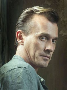 Robert Knepper my fav Villian of Tv he awesome in Prison break and Arrow