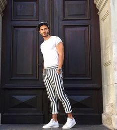 stylish casual summer outfits ideas for mens 38 ⋆ talkinggames net is part of Sports fashion men - stylish casual summer outfits ideas for mens 38 Mode Masculine, Casual Summer Outfits, Simple Outfits, Plad Outfits, Diy Outfits, Stylish Outfits, Men Looks, Stylish Men, Men Casual