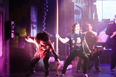 Rock of Ages, el musical, Broadway, New York. #RockOfAges #Musical #Broadway #Entradas Reserva tu entrada:  http://www.weplann.com/nueva-york/tickets-rock-of-ages-shows-broadway