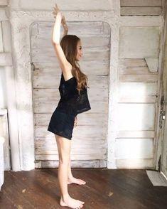 太りにくい体を作る肩甲骨の動かし方 どこでも誰でも簡単に♡【静加YOGA】 - ローリエプレス