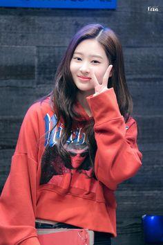 Yu Jin, Japanese Names, Kim Min, Pledis Entertainment, Cute Boys, Kpop Girls, Girl Group, Korea, Bomber Jacket