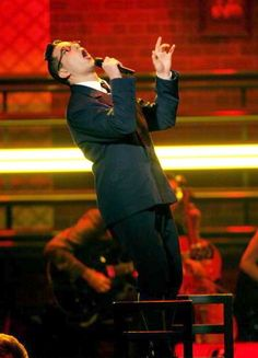 Georg for Spring Awakening - Skylar Astin @ the 2007 Tonys! Spring Awakening Musical, Skylar Astin, Musical Theatre Broadway, Musicals, Singing, Give It To Me, Khakis, Songs, Concert