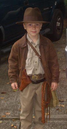 DIY Indiana Jones Halloween Costume Idea