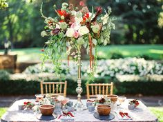 Photography: Mark Potter Photography - www.markpotterphotography.com  Read More: http://www.stylemepretty.com/2015/03/16/sophisticated-southern-wedding-inspiration/
