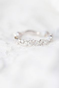 Ahh > Elegant Engagement Ring Designs ;D