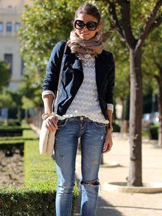 Zara jacket & bag, Minusey top, Bershka jeans, Link & Love scarf, Emporio Armani sunglasses.
