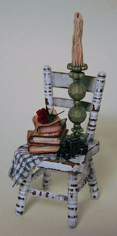 1:12 miniature I made for my friend Susan who is a very talented lady. Take a look at http://www.susanhughesinteriors.co.za