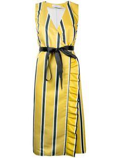 полосатое платье с запахом