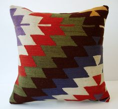 Sukan / SOFT Hand Woven - Turkish Kilim Pillow Cover