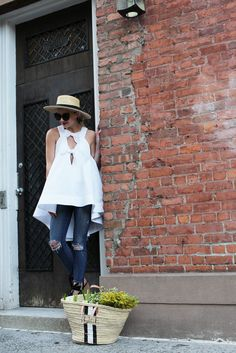 Shoes: M. Gemi (in two colors, also love these). Denim: JBrand. Top: Rosie Assoulin (see my other white top picks below). Tote: Rae Feather (also love this one). Hat. Lips. Sunglasses: Linda Farrow. JavaScript is...Read More