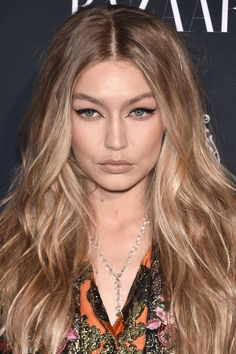 'Cream Soda hair' is a thing, apparently. But it's actually pretty chic #celeb #hair #style #color