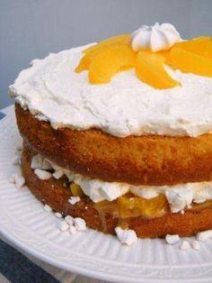 Torta de Durazno, Crema Chantilly y Dulce de Leche