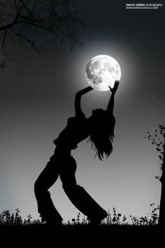 """I am a wild woman I sing from my heart I dance with the stars I howl at the moon I love uncontrollably"" -Melissa Clary"